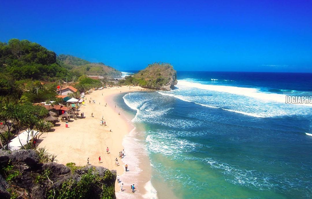 7 pantai jogja buat liburan dan foto landscape