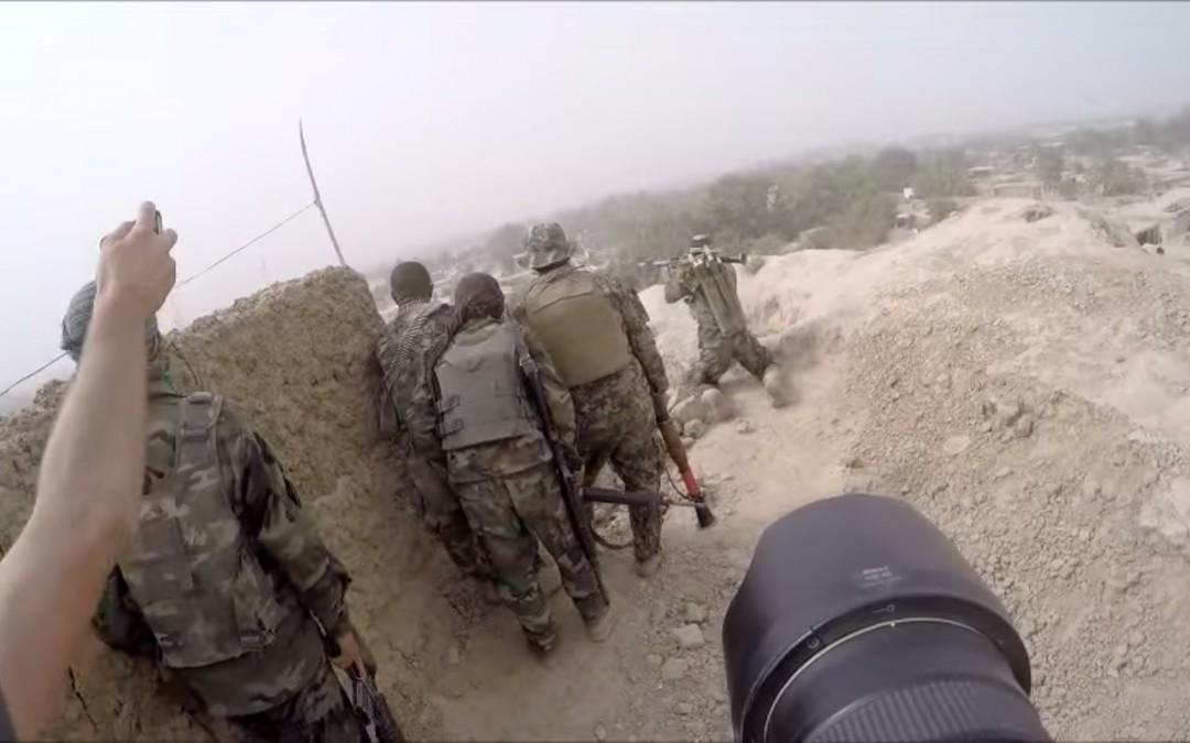Melihat Bagaimana Fotografer Meliput Perang Afghanistan Di Garis Depan